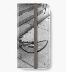 Crumpled derelict iPhone Wallet/Case/Skin