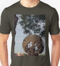 Globe- IllumiNATIONS Unisex T-Shirt