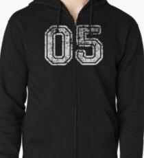 Sport Team Jersey 05 T Shirt Football Soccer Baseball Hockey Basketball Five 5 05 Number Zipped Hoodie