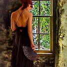 Dame im Fenster von gemlenz
