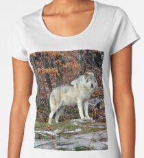Timber wolf in the Wild Women's Premium T-Shirt