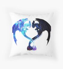 Dragon Heart (Toothless and Light Fury) Throw Pillow