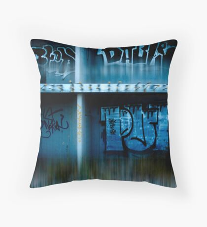 urb reverberation (Discovery)  Throw Pillow