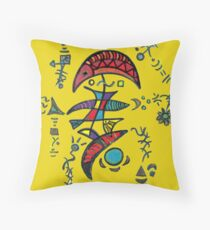 ET in Love Throw Pillow