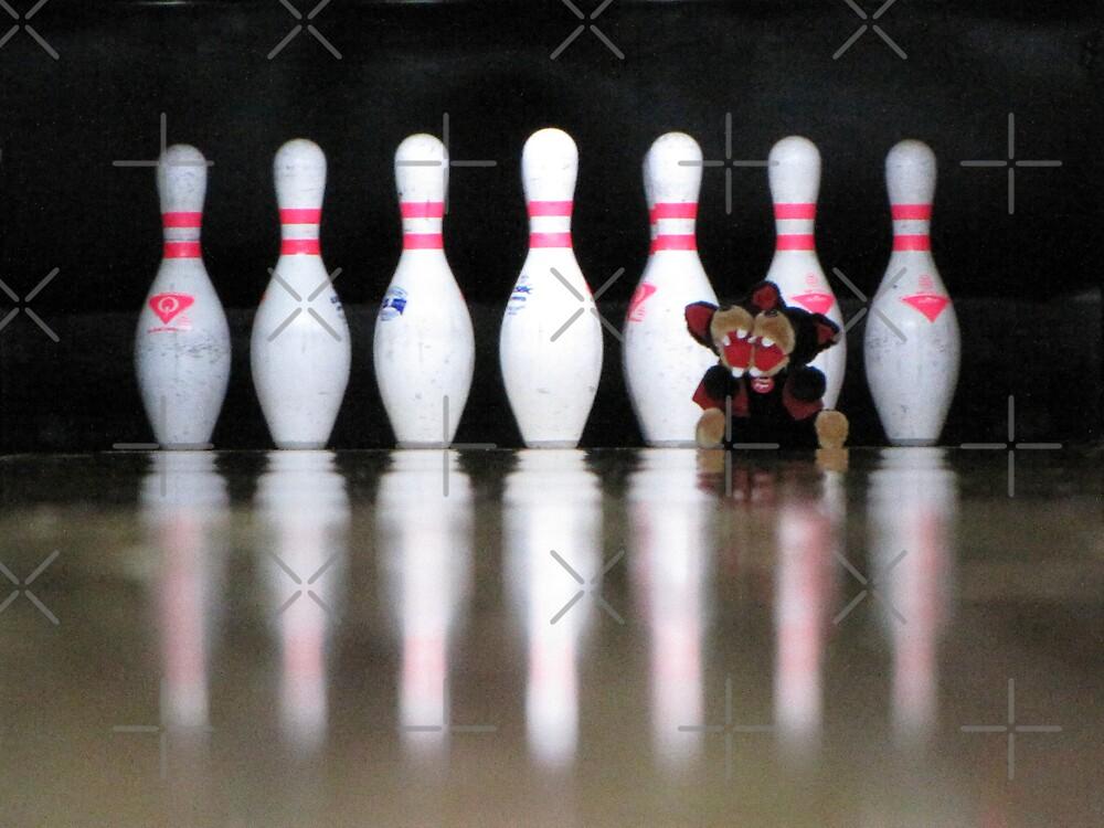 RnR Bowling w Zac ... strike or spare? by georgiegirl