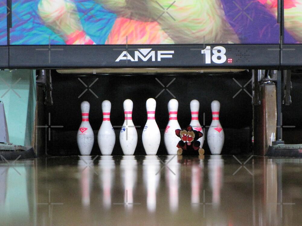 RnR Bowling w Zac ... strike or spare? again! by georgiegirl