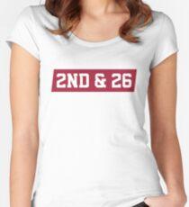 2. Und 26 - Rot Tailliertes Rundhals-Shirt