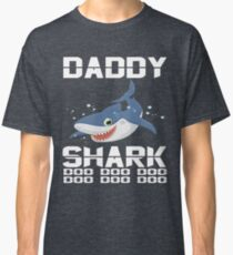 Baby-Mama-Vati-Haifisch-zusammenpassende Familien-Hemden - das Haifisch-Familien-Kleid Classic T-Shirt