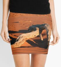 Driftwood in the middle of the desert. Mini Skirt
