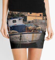 Un vecchio peschereccio Mini Skirt
