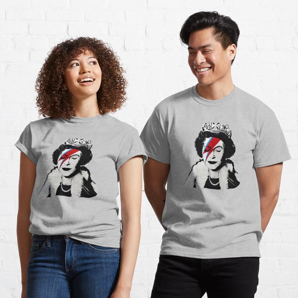 Banksy UK England Queen Elisabeth rockband face makeup Classic T-Shirt