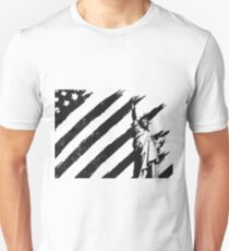 Statue of Liberty & US American Flag Unisex T-Shirt