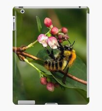 Collecting nectar for making honey iPad Case/Skin