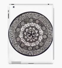 Serena Mandala Black and white iPad Case/Skin