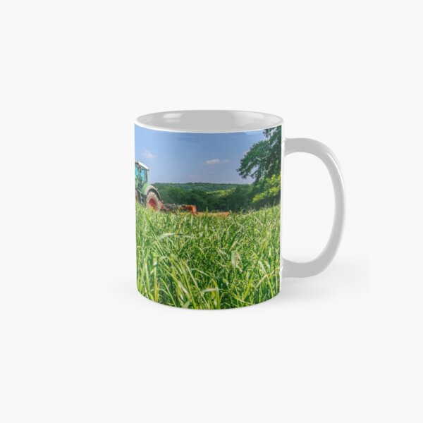 Fendt Mowing Grass for Silage Classic Mug