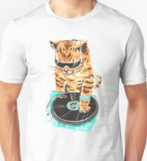 Scratch Master Kitty Cat T-Shirt