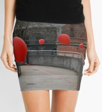 Red balloons showing the way Mini Skirt