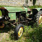 old tractor by KERES Jasminka