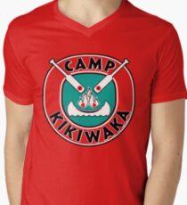Camiseta para hombre de cuello en v Camp Kikiwaka - Bunk'd - fondo rojo
