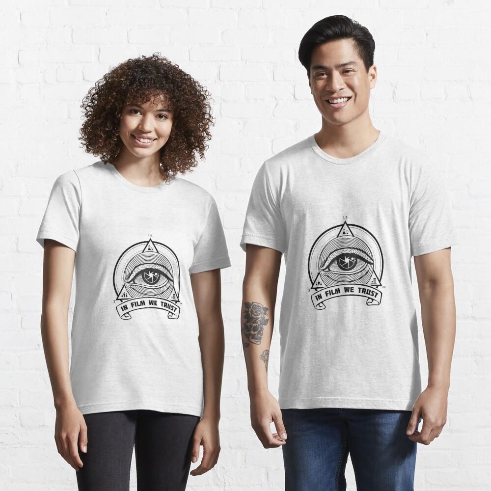 T-shirt essentiel «IN FILM WE TRUST»