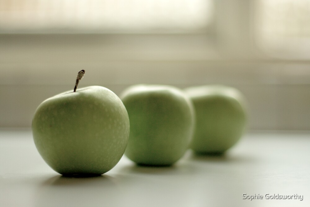 Apple white by Sophie Goldsworthy
