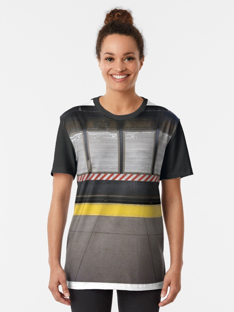Alternate view of New York City, Manhattan, Brooklyn, New York, streets, buildings, skyscrapers, cars, pedestrians, #NewYorkCity, #Manhattan, #Brooklyn, #NewYork, #streets, #buildings, #skyscrapers, #cars, #pedestrians Graphic T-Shirt