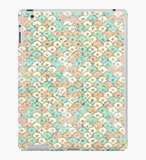 Glitter mermaid scales pattern iPad Case/Skin