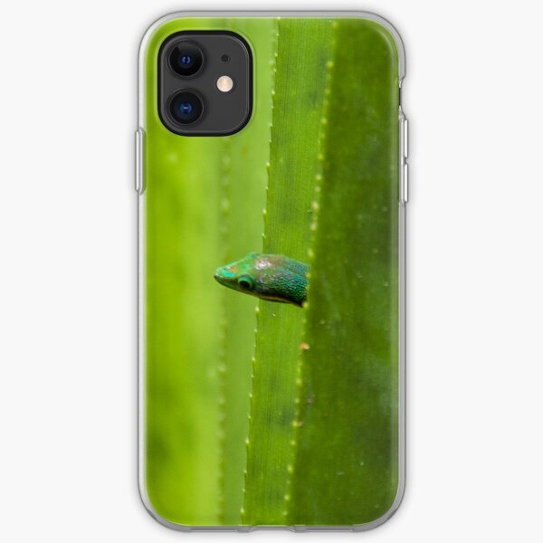 Peekaboo! A gecko in the agave iPhone Soft Case