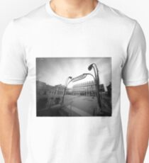 building eye T-Shirt