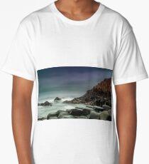 Giants causeway  Long T-Shirt