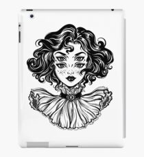 Gothic witch girl head portrait with curly hair and four eyes. iPad Case/Skin
