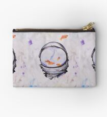 This is Watter Zipper Pouch