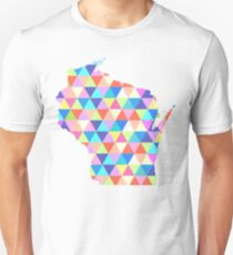 Wisconsin Colorful Hipster Geometric Triangles  T-Shirt