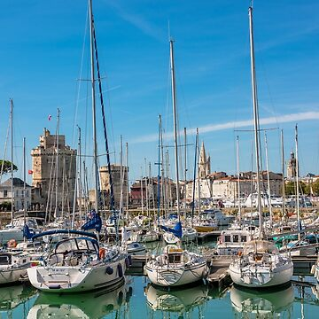Yachts in the old port of La Rochelle  by dvoevnore