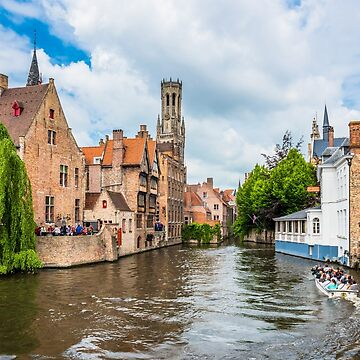 Boats full of tourist enjoying Bruges by dvoevnore