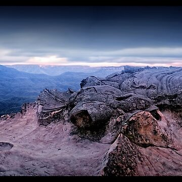 Lincoln's Rock   Blue Mountains by spiritofthemaster