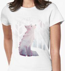 Fuchs im Schnee Tailliertes T-Shirt