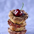 Cherry tarts by Ilva Beretta