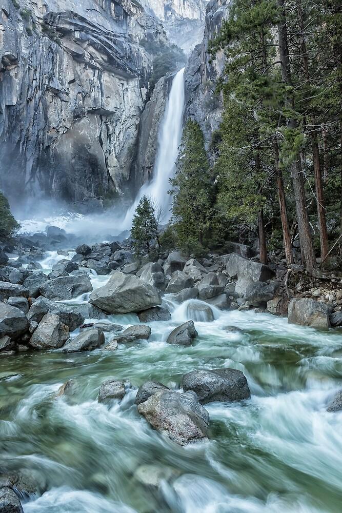 Lower Yosemite Falls by BelindaGreb