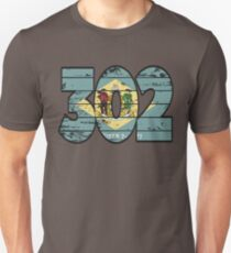 LOVE THAT  302 LIFE - YOUR FAVORITE AREA CODE WITH A HEAVY WOOD OVERLAY DISTRESS Unisex T-Shirt