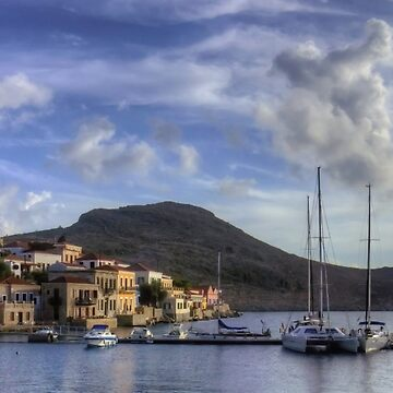 Yachts at the small pier by tomg