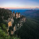 Blue haze at sunrise at Ecco Point in Blue Mountains by Danielasphotos