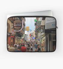 Calles de Espana! Laptop Sleeve