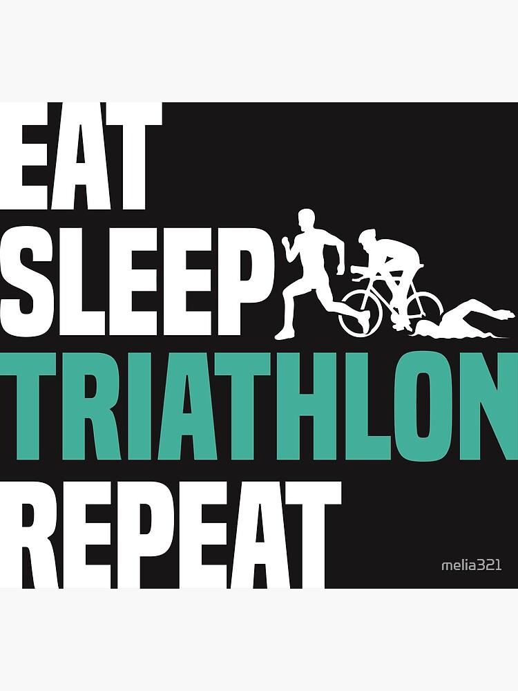 Eat Sleep Triathlon Repeat T Shirt Cooles Lustiges Nerdy Comic Graphic Triathlet Triathletin Trainer Team Mannschaft Coach Humor Spruch Sprüche