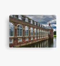 Architecture / Building #CBHBQH Canvas Print