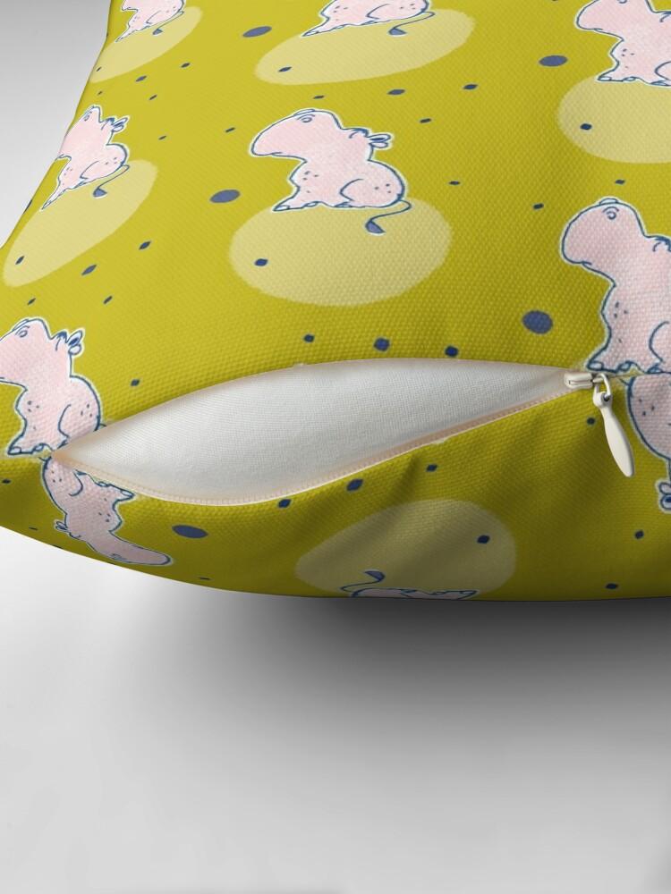 Alternative Ansicht von Nilpferd, Flusspferd - grün gemustert Dekokissen