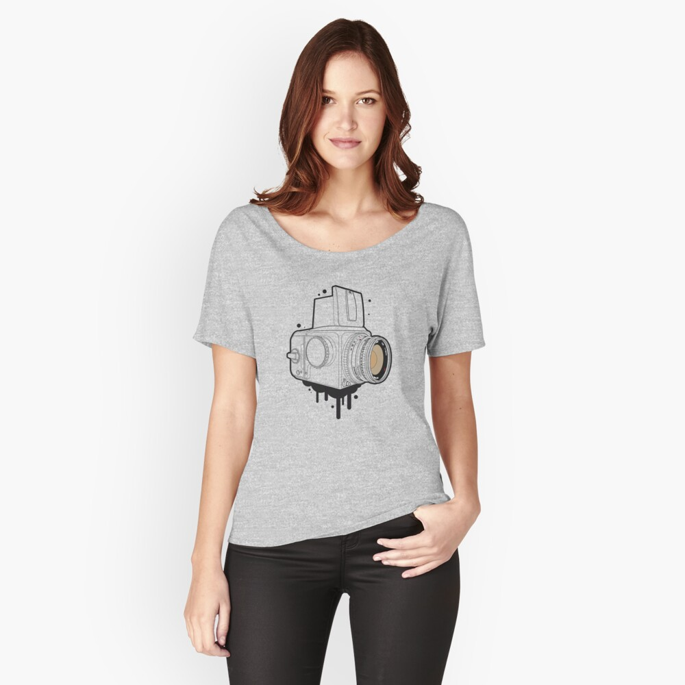 Hassel Women's Relaxed Fit T-Shirt Front