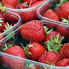Strawberry by pablotguerrero