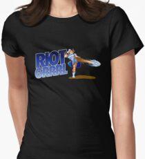 Riot grrrl Women's Fitted T-Shirt