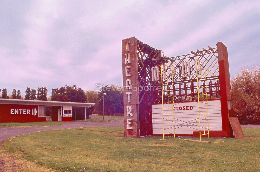 Midway Drive In by Steven Godfrey